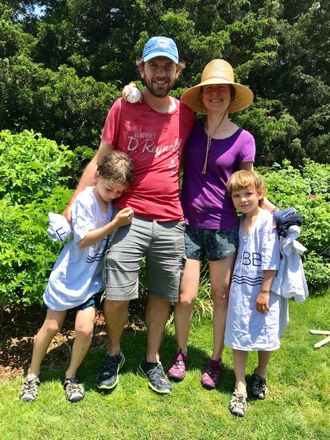 Family Volunteer Mt Sinai Sort June 2 2018 1.jpg