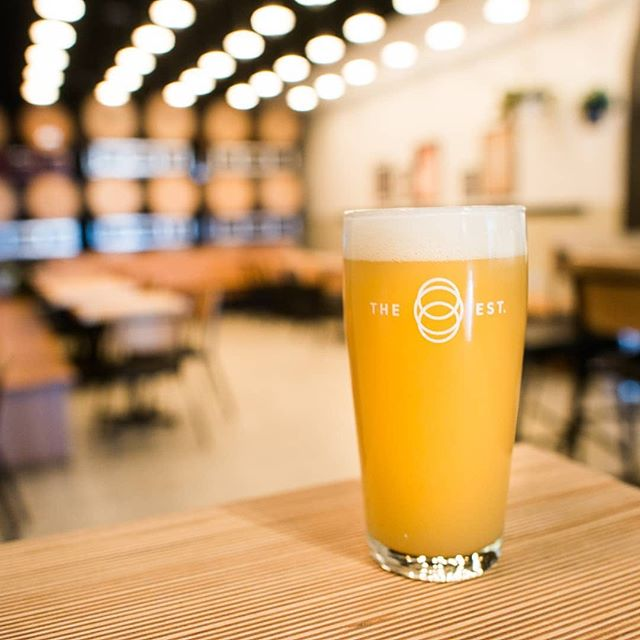 We're excited to be welcoming some newbies to the #barleybelttaptour this year including super buds @estbrew.  The beers Mike and Dave have been pumping out thus far have been stellar and they're only getting started with their barrel program. Be sure to check these guys out on August 24th. Tickets via link in our bio.  #yycevents #yycnow #yyc