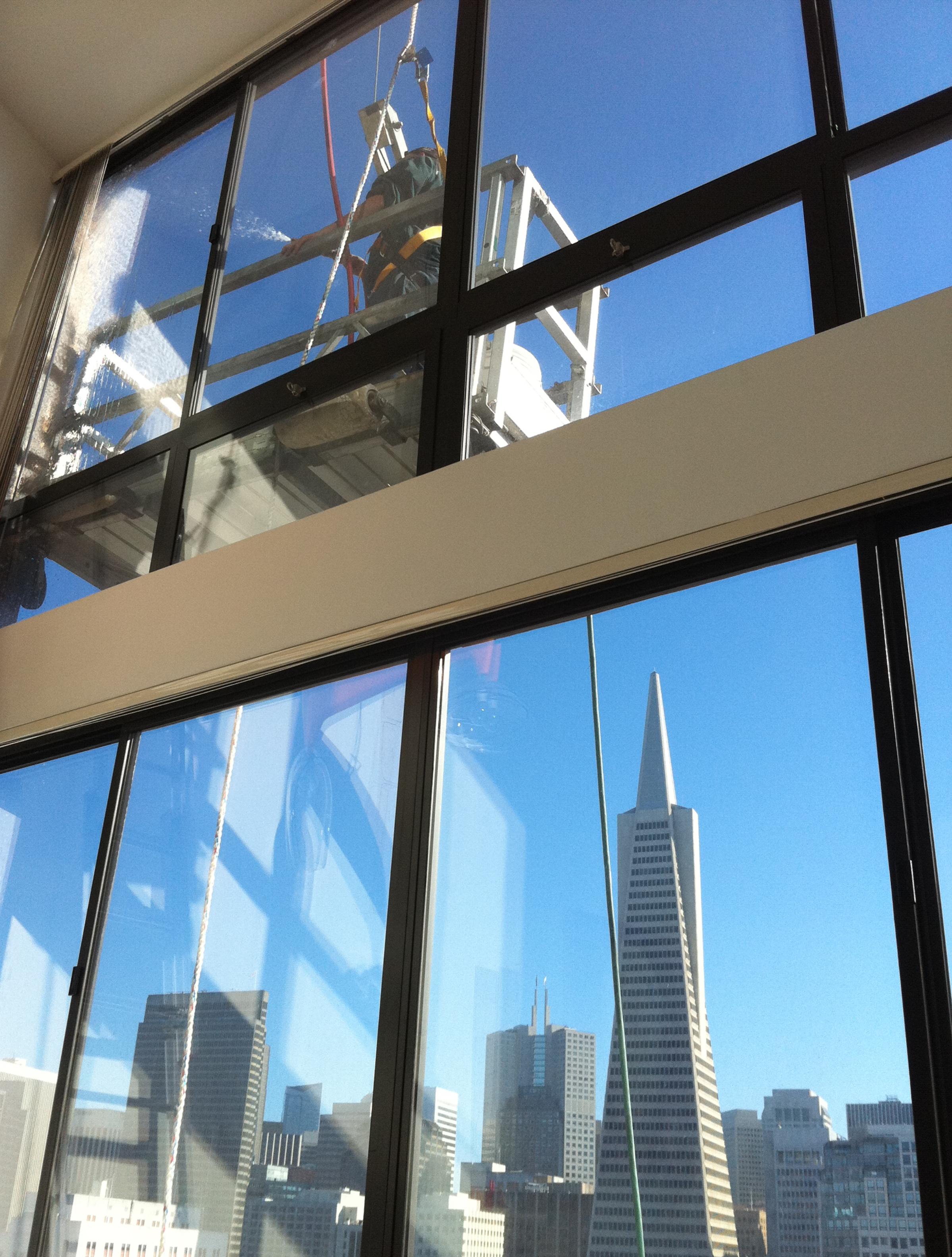 TranAmerica-GlassWindow.jpg