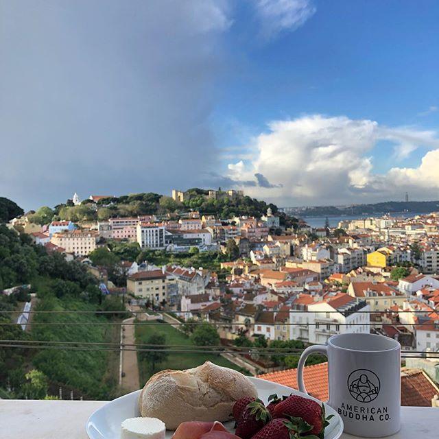 American Buddha Co. hits Lisboa — what an amazing city! • • •  #lisbon #portugal #lisbonstreets #art #travelgram #travel #americanbuddhaco #makehappinessahabit