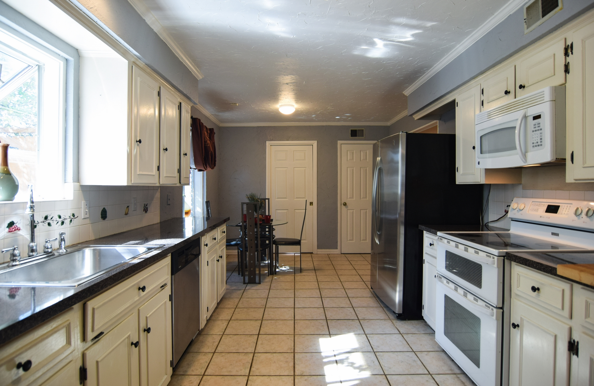 Kitchen 3235 Timberview Rd Dallas TX 75229.jpg
