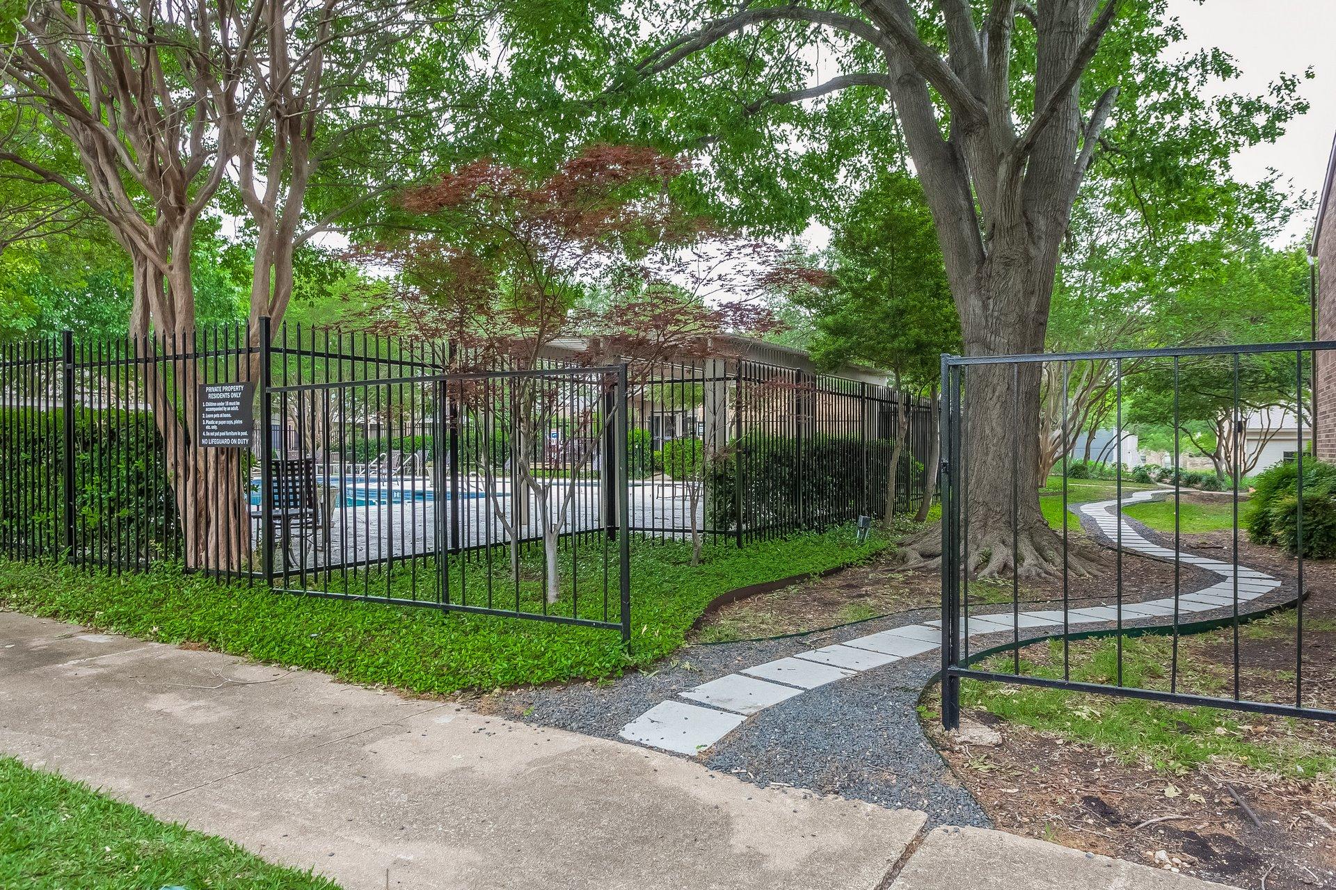 30 - 12598 Montego Plaza, Dallas TX 75230 Robert Jory Group.jpg