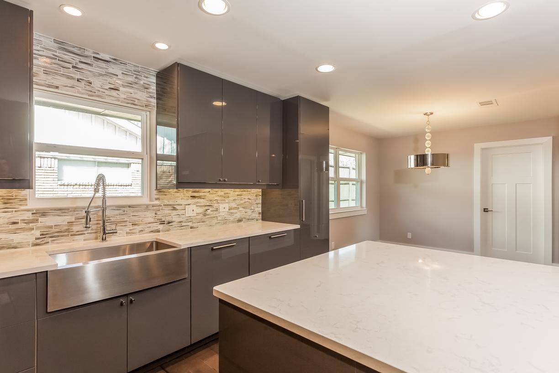 Kitchen1 10030 Spokane Cr Dallas TX 75229.jpg