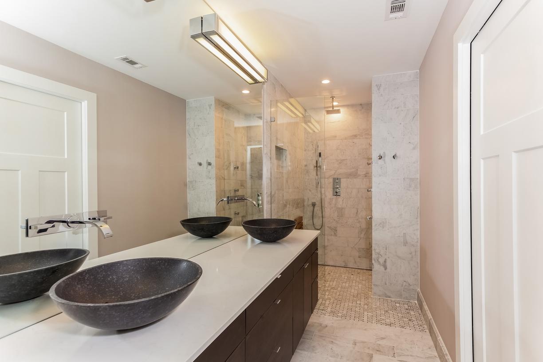 Master Bath 10030 Spokane Cr Dallas TX 75229.jpg