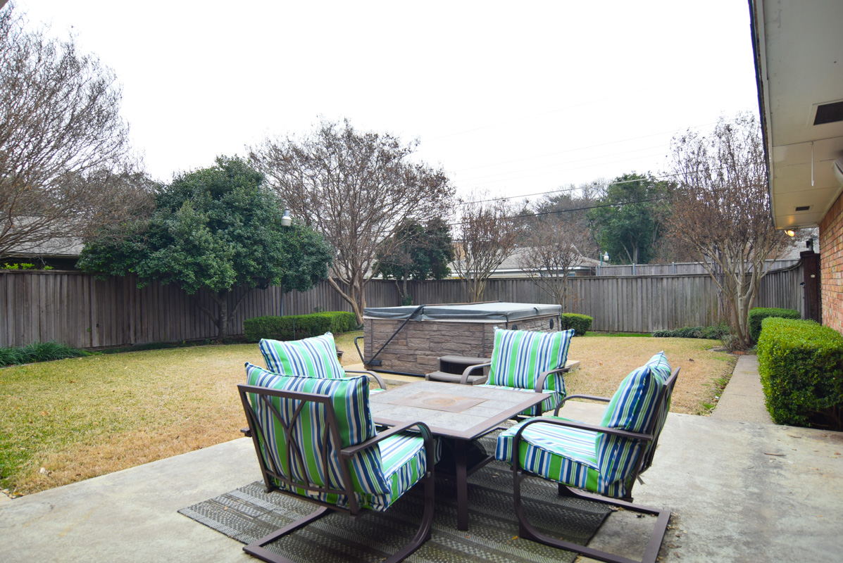 3224 Chapel Downs Dallas TX 75229-Patio.jpg