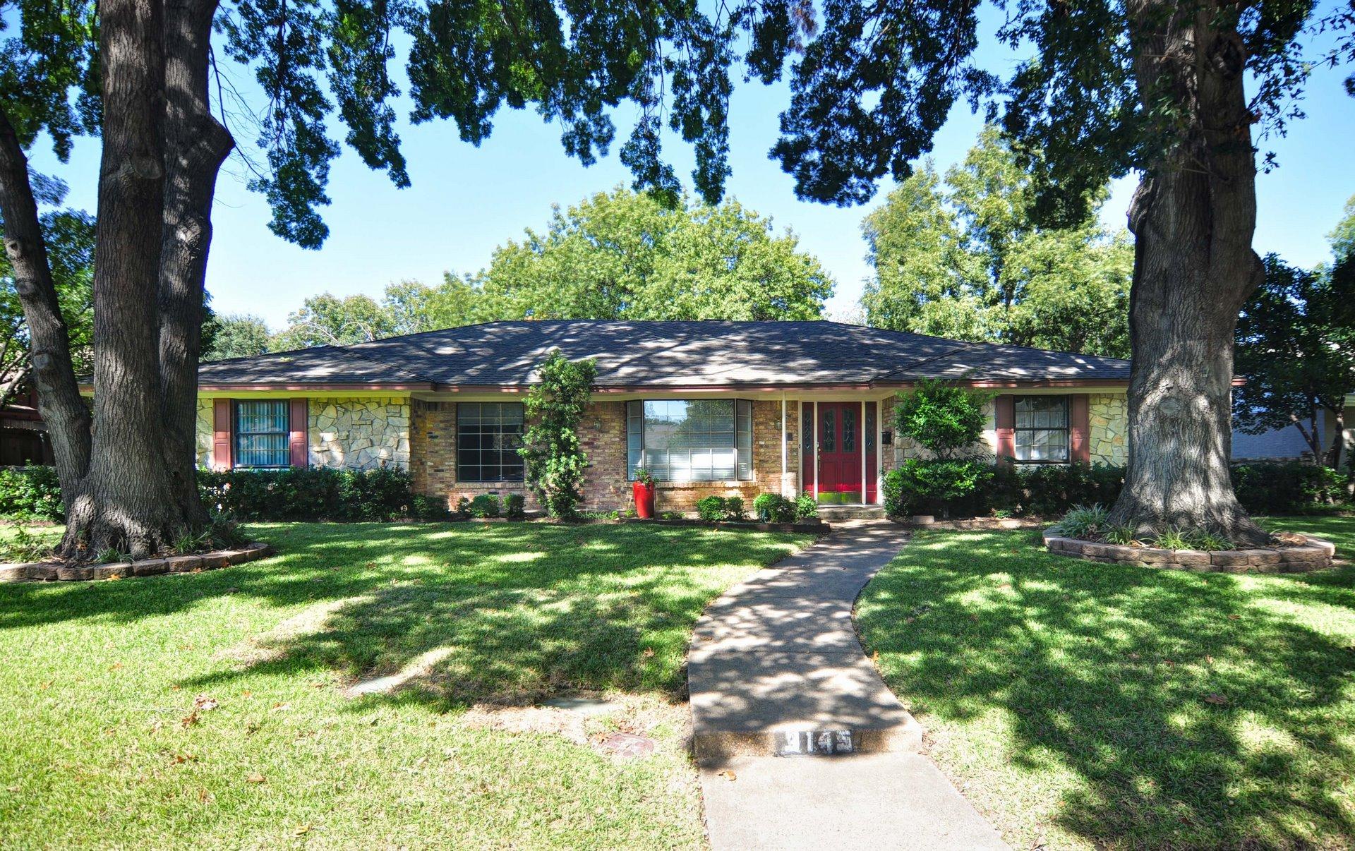 DSC_0407-Front - 3112 Timberview Rd, Dallas TX 75229 Robert Jory Group.jpg