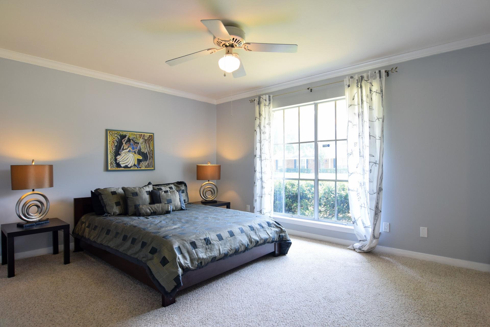 Bedroom1 3163 Citation Dr Dallas TX 75229.jpg