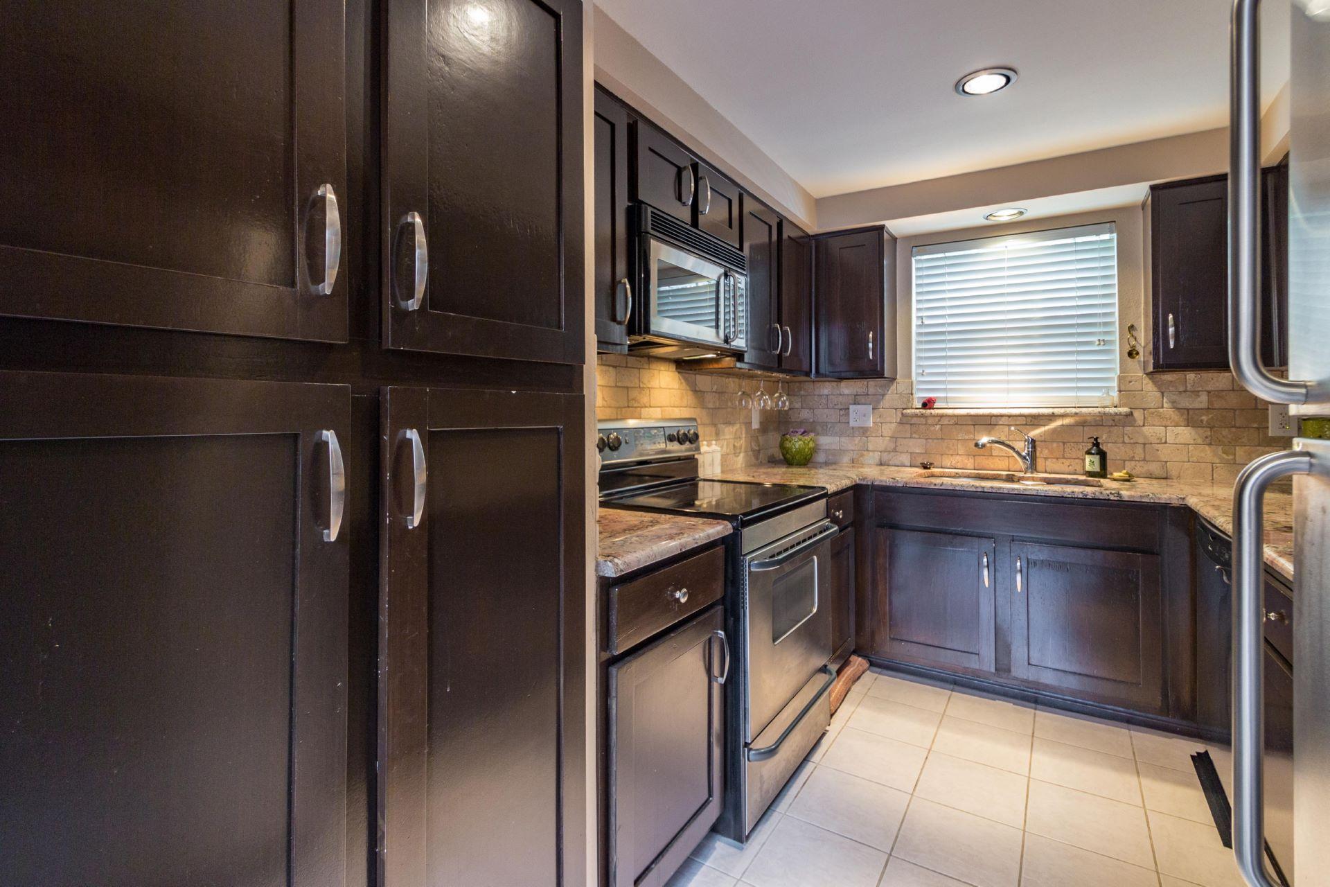 04_kitchen .jpg