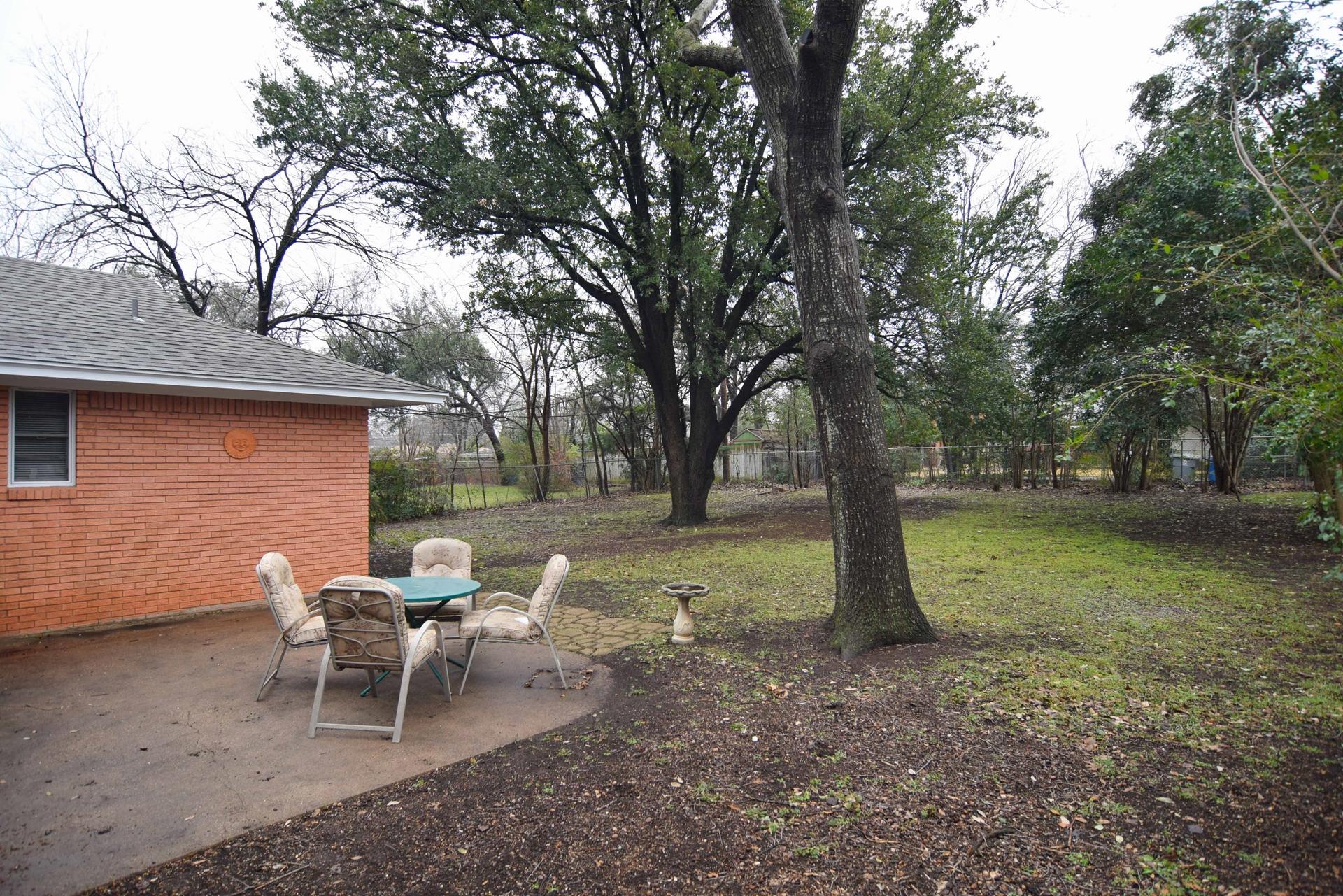 Back Yard 1 2716 Woodmere Dallas TX 75233.jpg