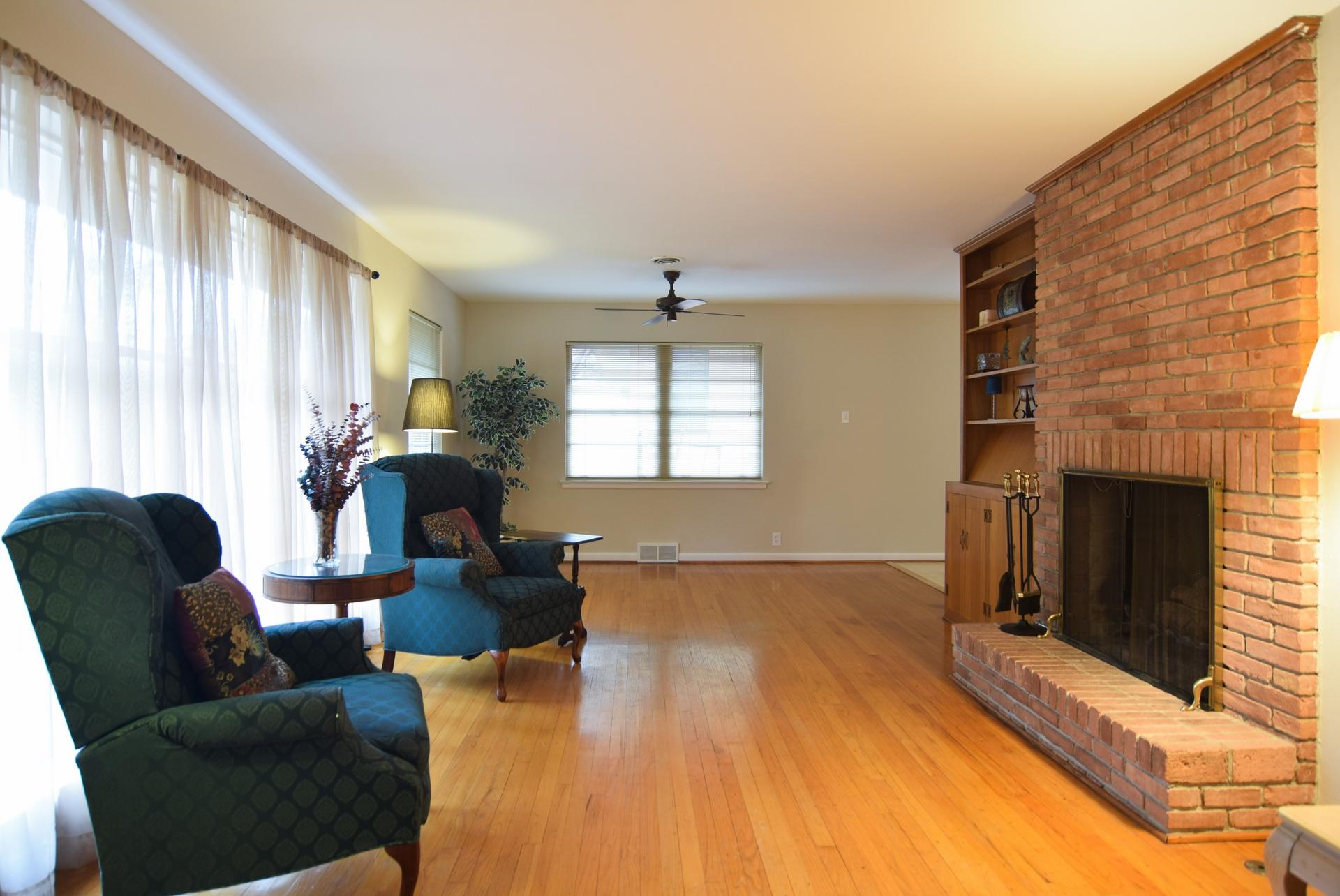 Living Room b 2716 Woodmere Dallas TX 75233.jpg