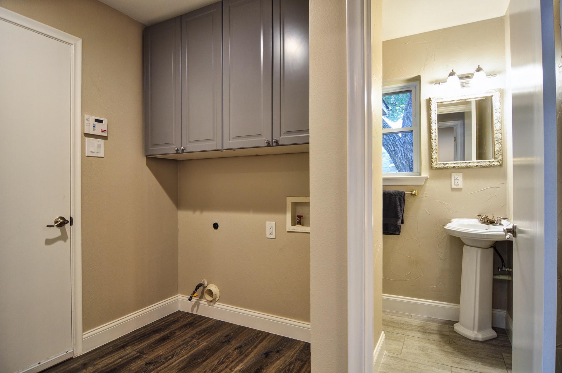 92 3112 Timberview Rd, Dallas TX 75229 Robert Jory Group.jpg