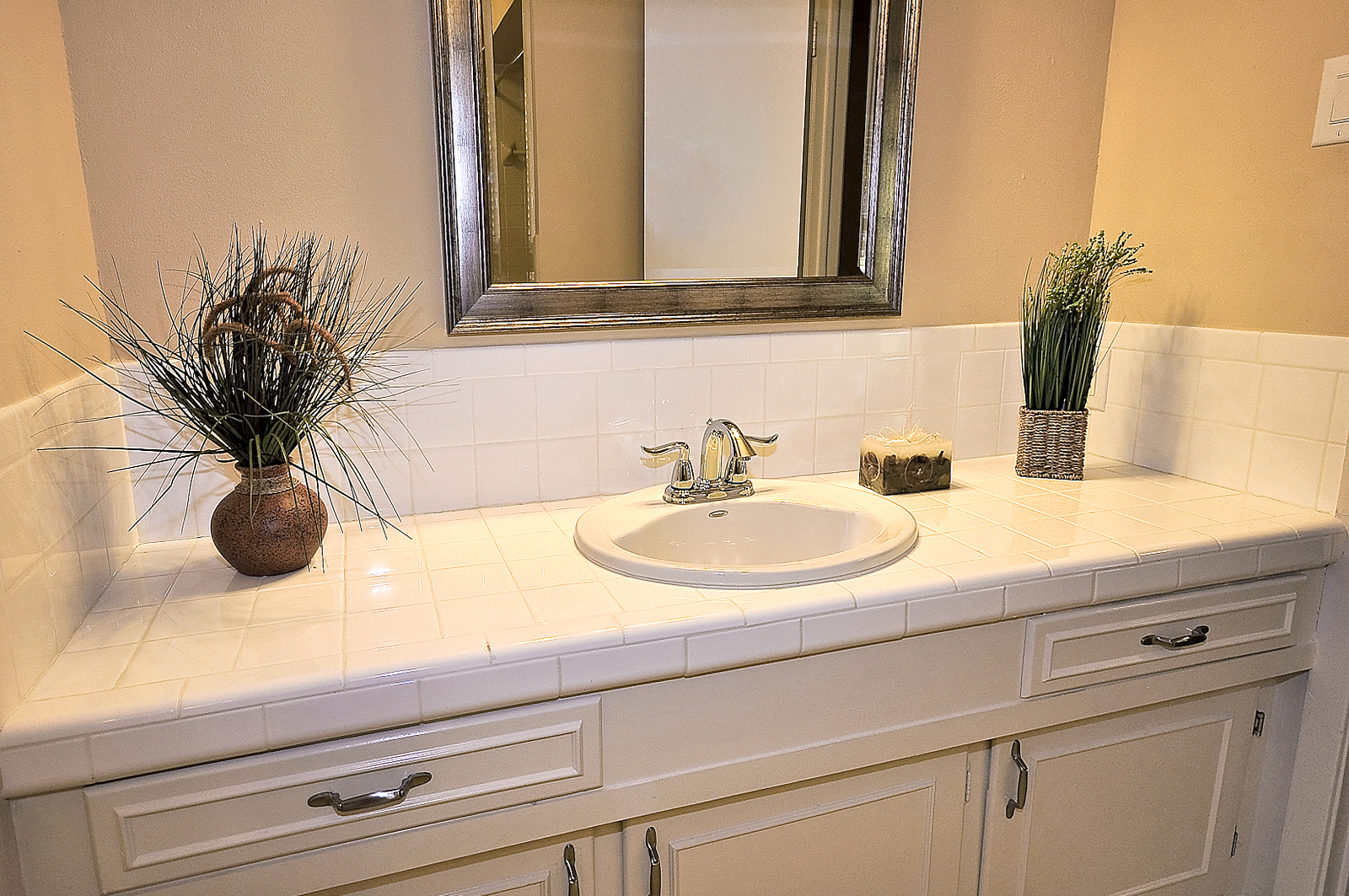 3208 Chapel Downs Dallas TX 2nd Bath.jpg