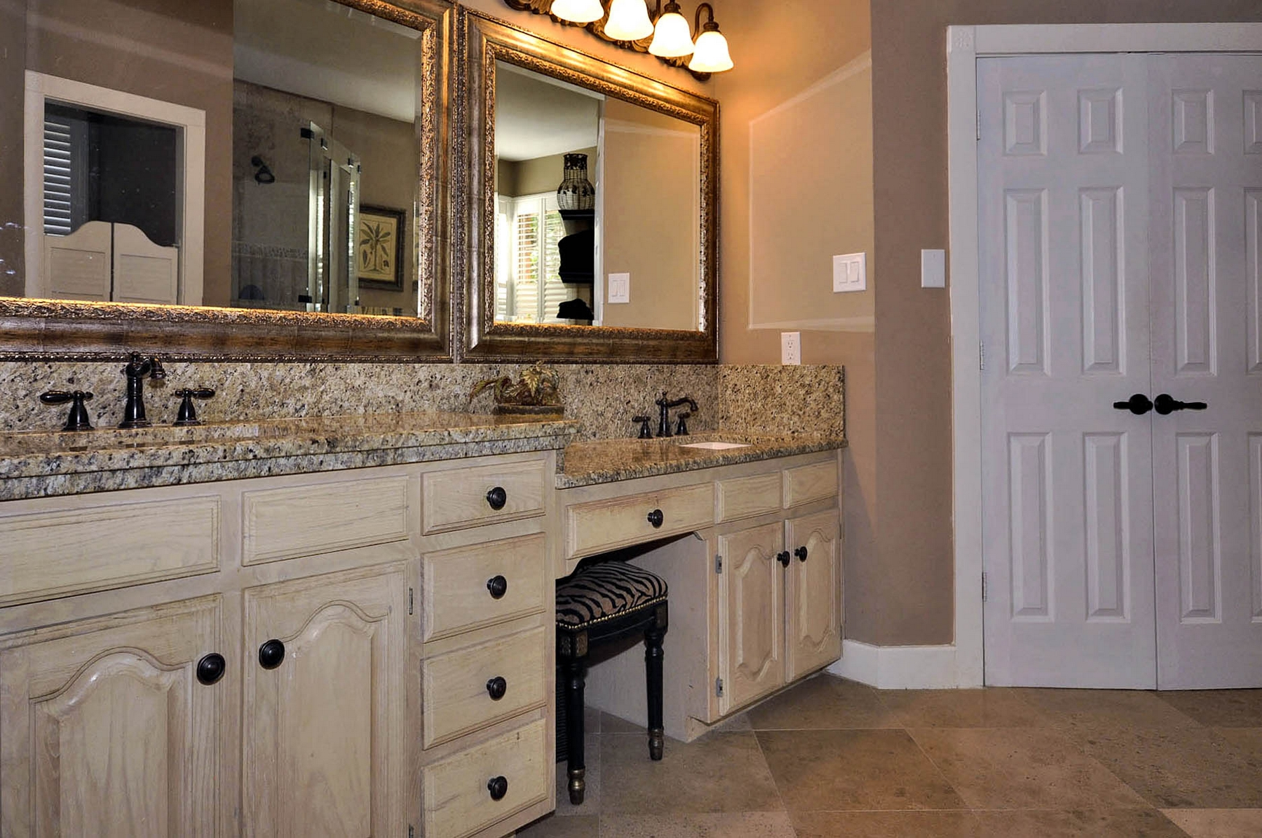 6016 Buffridge Master Bath Vanities.jpg