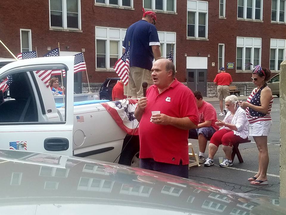 Peasleburg July 4th Parade - Pete Narone Presides.jpg