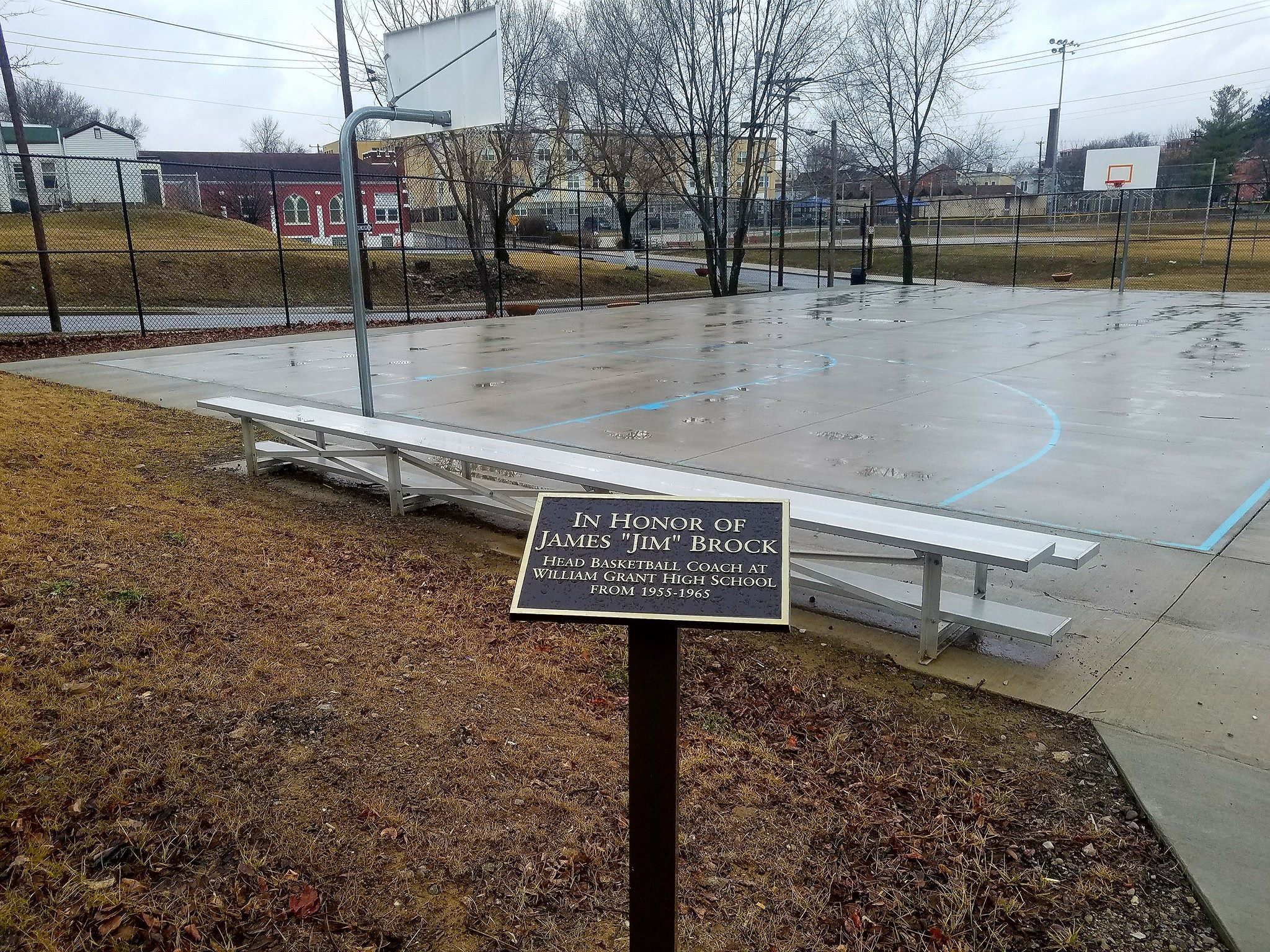 Randolh Park Basketball Courts.jpg