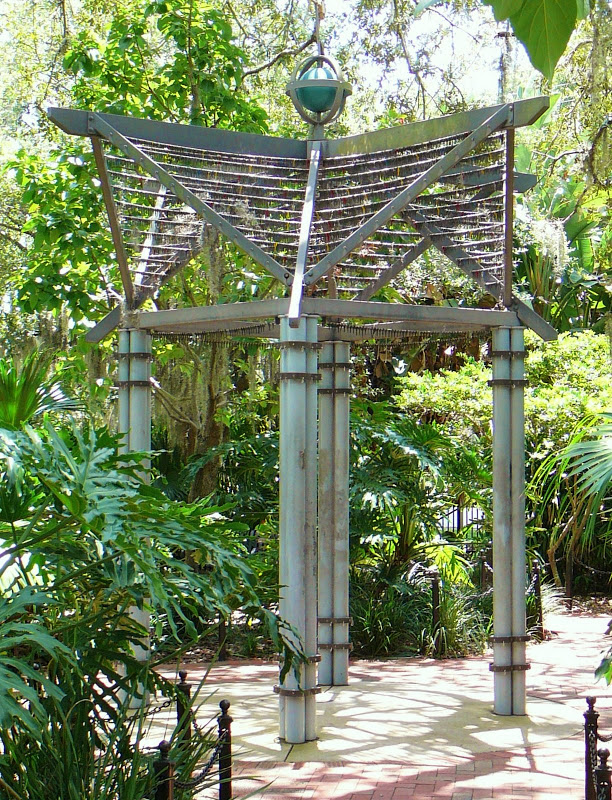 Key Sculpture Jackson Anderson Playground 072009.jpg