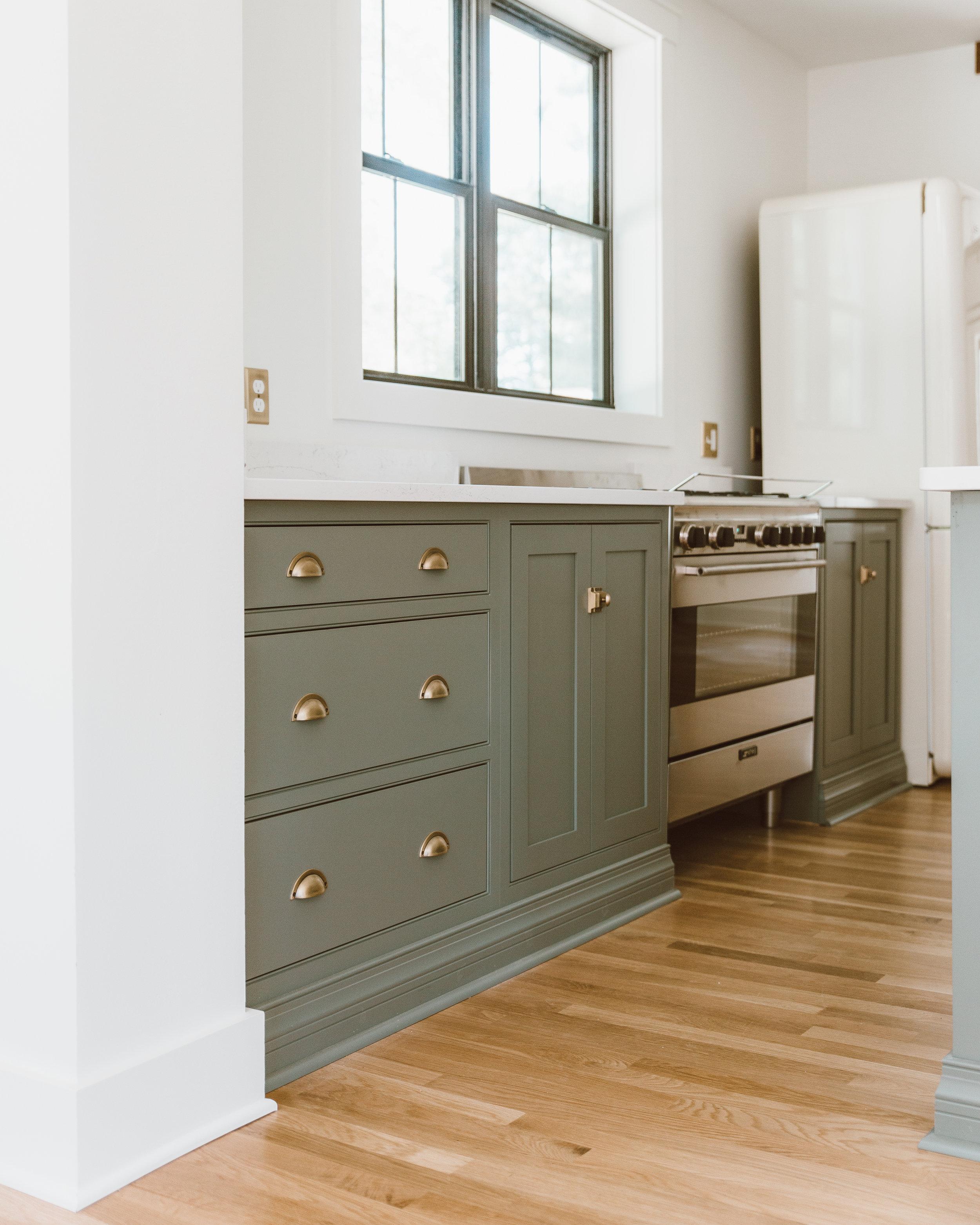 forthehome-nostalgic-warehouse-kitchen-cabinet-hardware00.jpg