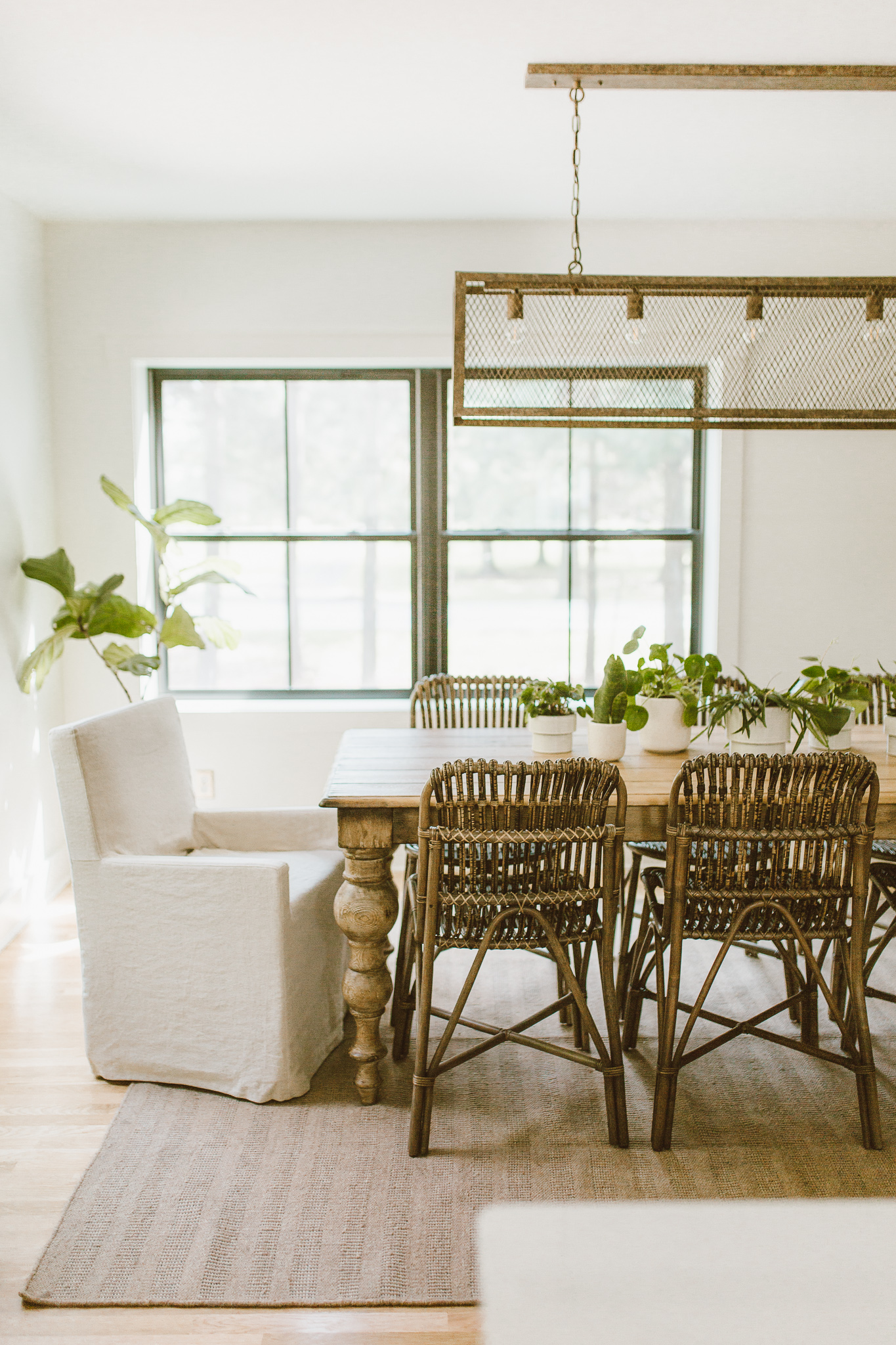 design-dining-space-tips-forthehome-000.jpg