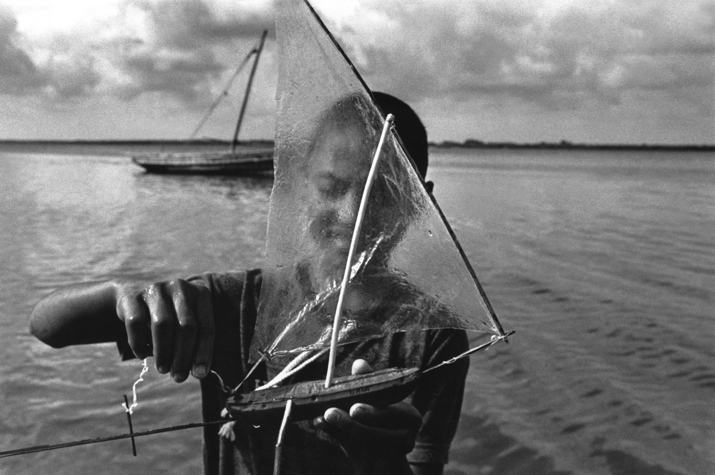 Prelude to sailing. East coast, Mombasa, Kenya. 1999