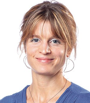 Dr_Robyn_Barlow.jpg
