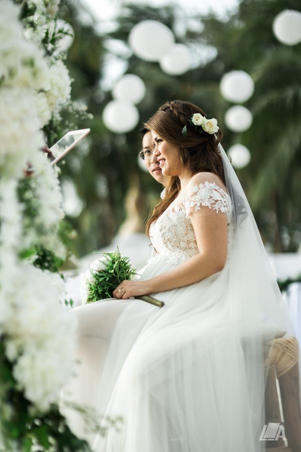 46 2 Louie Arcilla Weddings & Lifestyle - Boracay beach wedding-12.jpg
