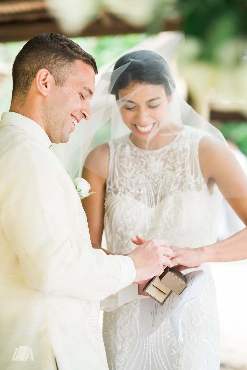 3c 4 Louie Arcilla Weddings & Lifestyle - El Nido Palawan beach wedding-8438.jpg