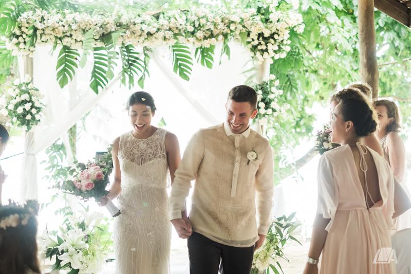 3e 4 Louie Arcilla Weddings & Lifestyle - El Nido Palawan beach wedding-9772.jpg