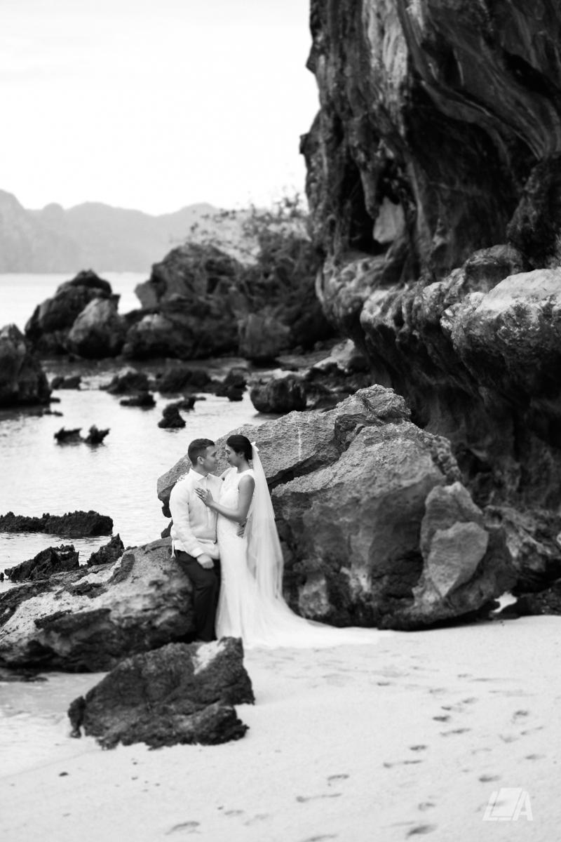 3i 5 Louie Arcilla Weddings & Lifestyle - El Nido Palawan beach wedding-0006.jpg
