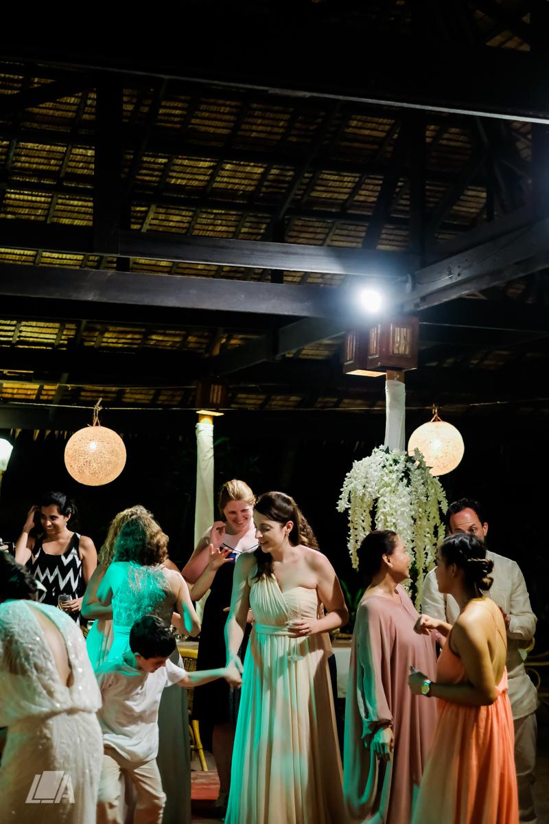 4e 6 Louie Arcilla Weddings & Lifestyle - El Nido Palawan beach wedding-0588.jpg