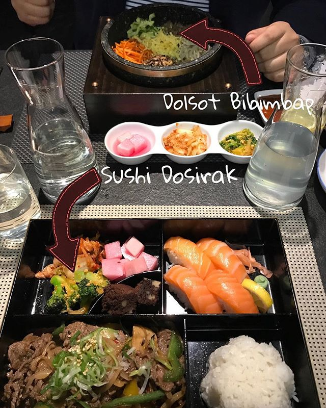 "@viennas.best.food ❤️ I hope you spent a lovely time with your loved one. I had dinner at ""Das Kimchi"" again and orderd Sushi Dosirak - a lunchbox with sake sushi, bulgogi, rice and dessert for a very good price. My man orderd Dolsot Bibimbap. Its served sizzling hot and spicy in a stone pot. I recommend this restaurant if you want to experience some korean food 👍🏻"