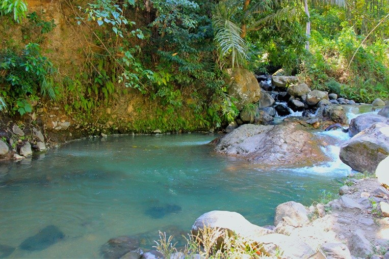 indonesia-flores-malanage-hot-spring.jpg