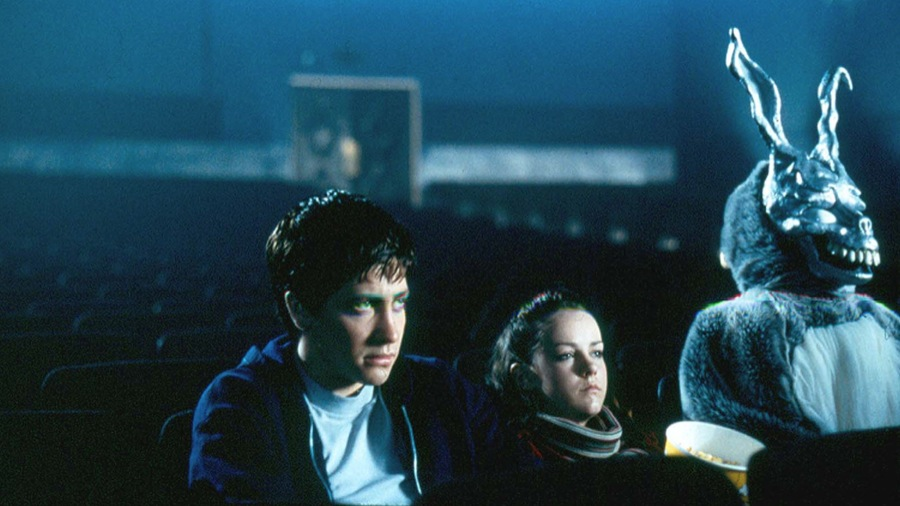 Donnie Darko - Amanda discusses the cult classic, Donnie Darko, with return guests, Colleen and Dallas. Colleen loves Mary McDonnell's performance in the film, Dallas gets really excited when Ashley Tisdale shows up on screen, and Amanda confesses to wanting to be like Jenna Malone in high school.