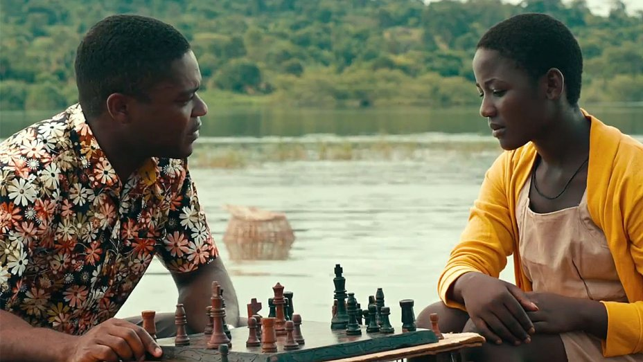Queen of Katwe - Amanda welcomes back Pam to discuss the film, Queen of Katwe. Pam struggles with picking a favorite director and Amanda appreciates a good cinematographer. And of course, they both tear up during the movie.