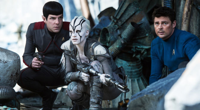 Star Trek Beyond - Amanda discusses the film Star Trek Beyond with returning guest Nathan and new guest Chase. Chase confesses that he doesn't like to laugh at movies, Nathan knows nothing about Star Trek and Amanda translates for him. They also dive in to racial inequality in Hollywood and repeatedly apologize to former guest Jimmy.