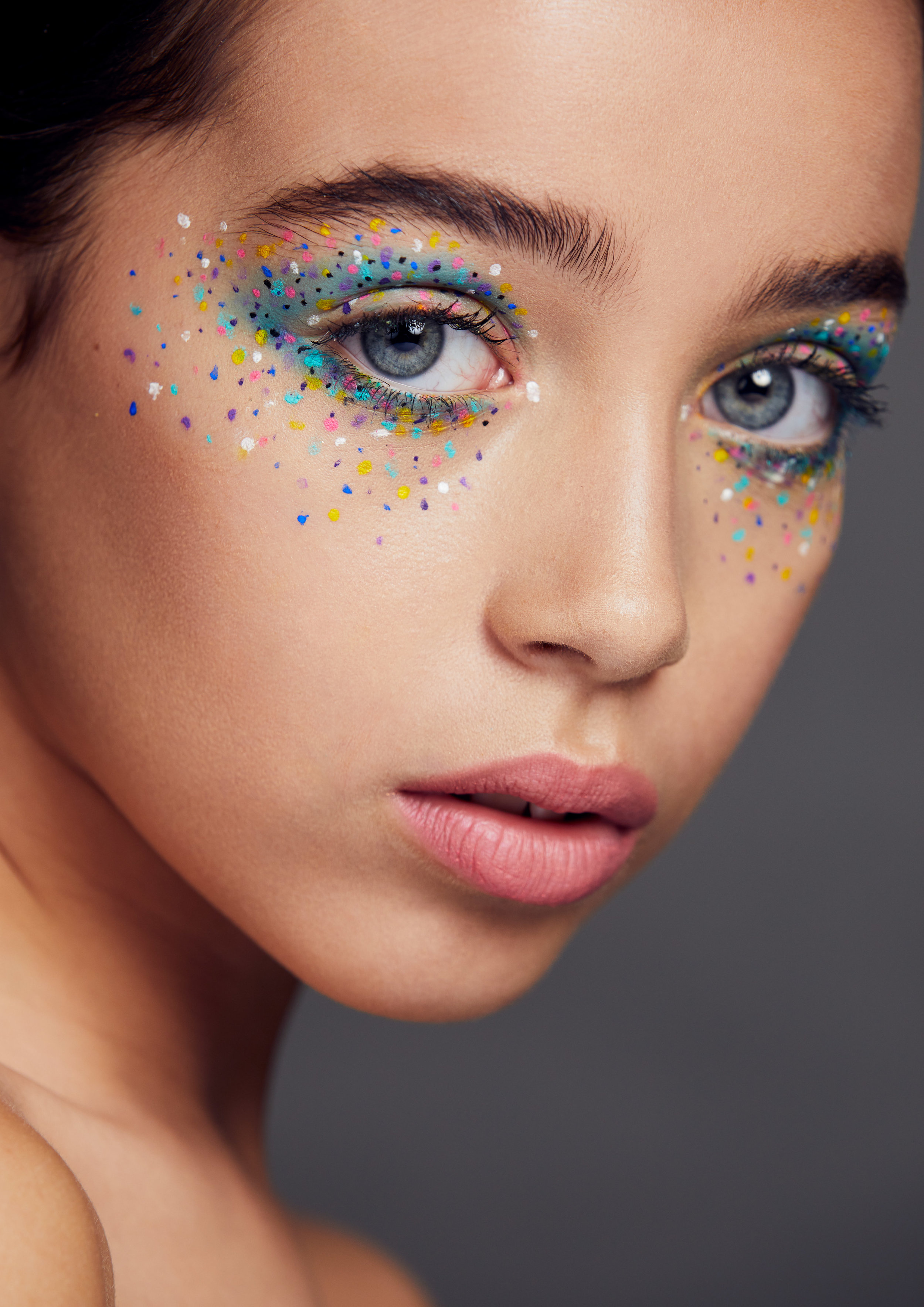 Makeup Artist - Niharkia Kareer