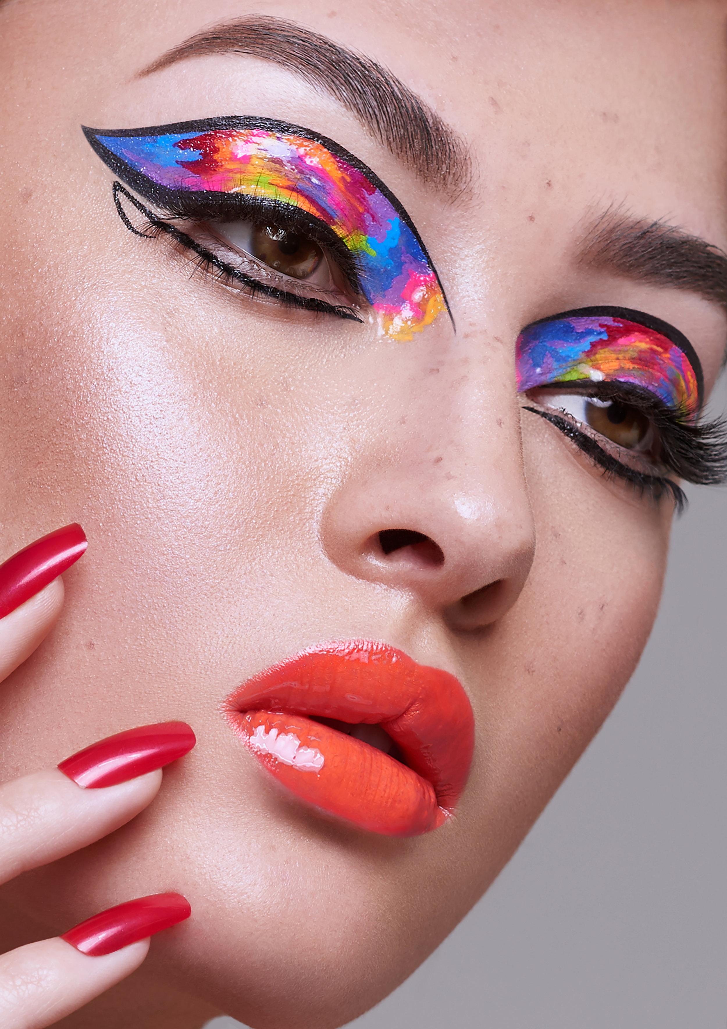 Makeup Artist - Sandy Tau