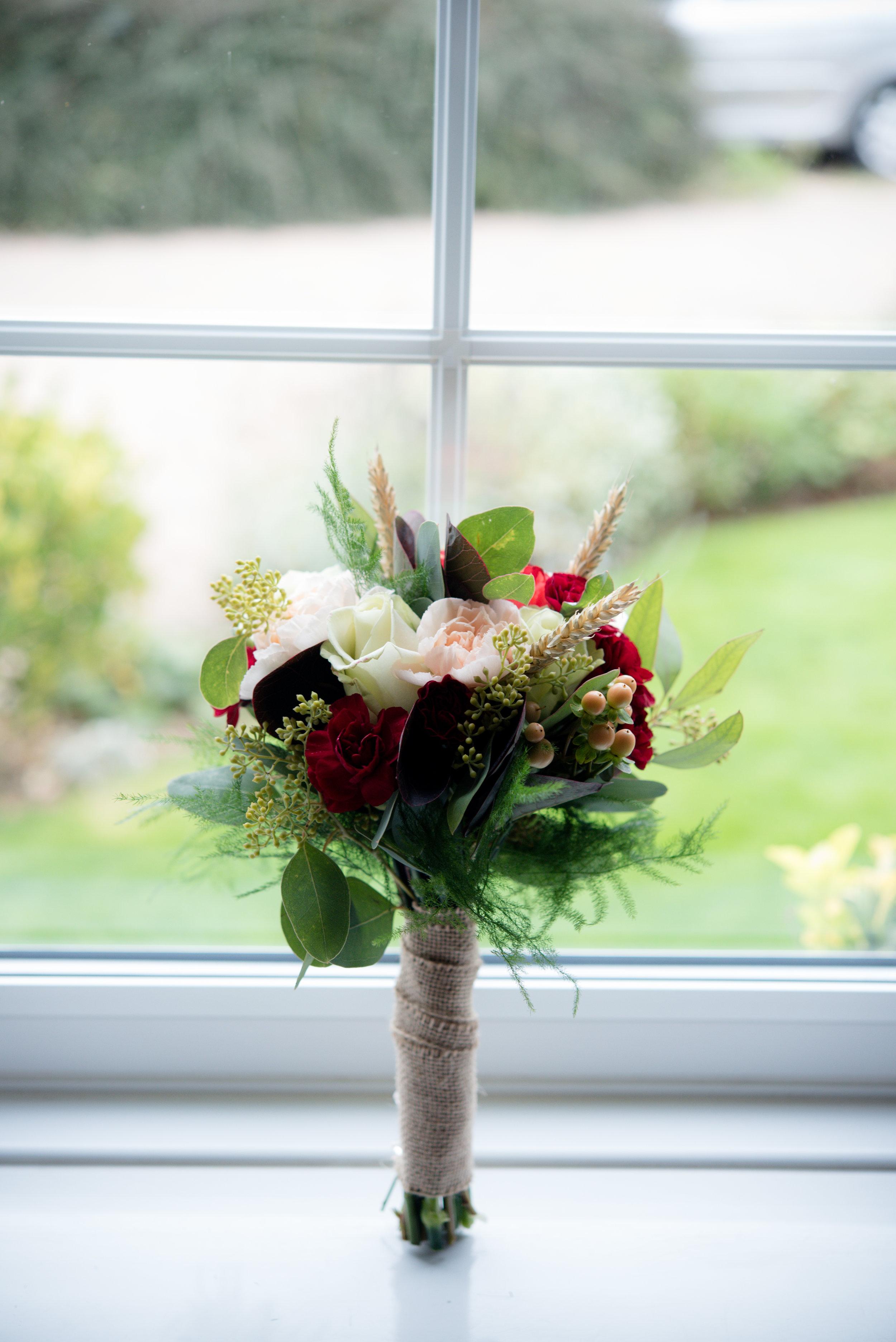 Bridesmaid Bouquet with Hessian.jpg