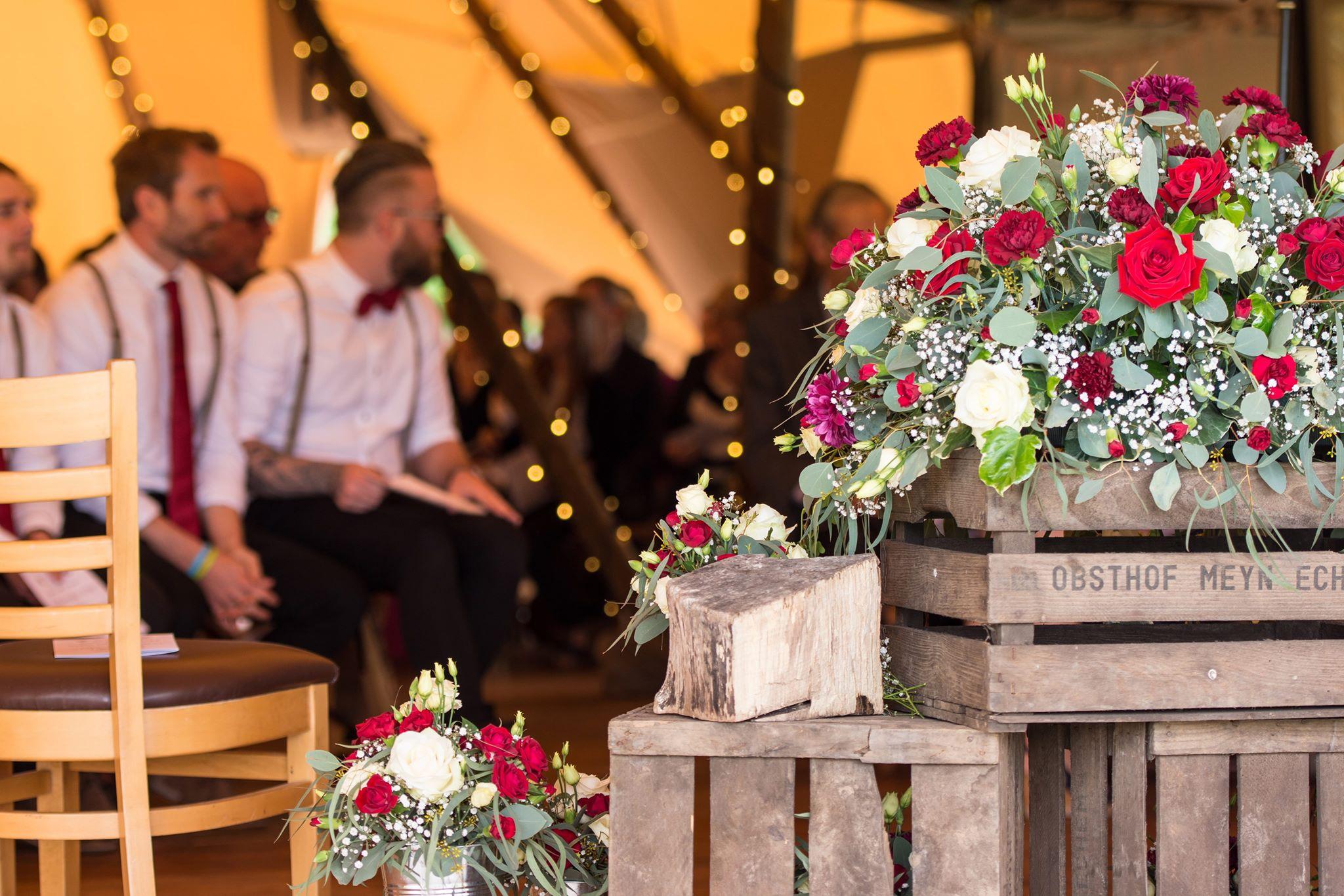 Phil and Nicci - Burgundy and Cream Wedding