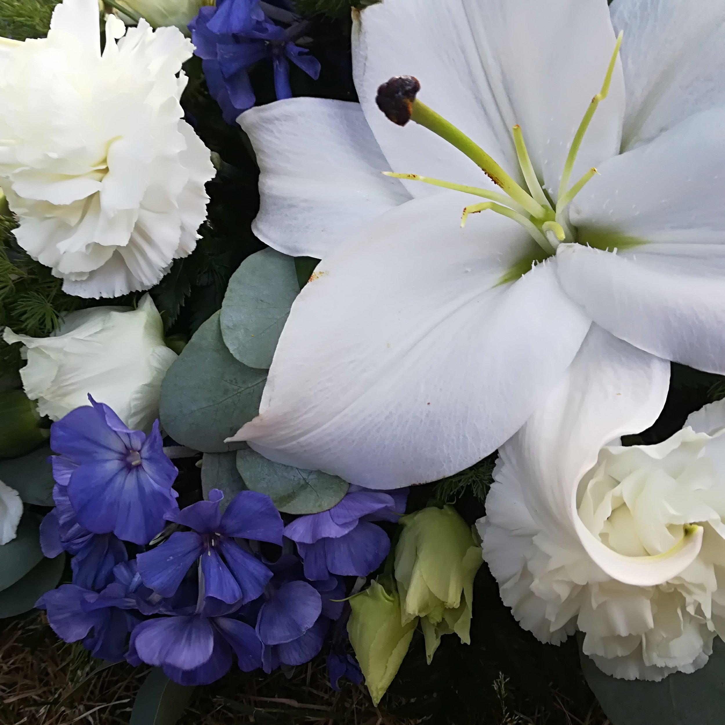 Funeral Spray - Inc Lilies.jpg