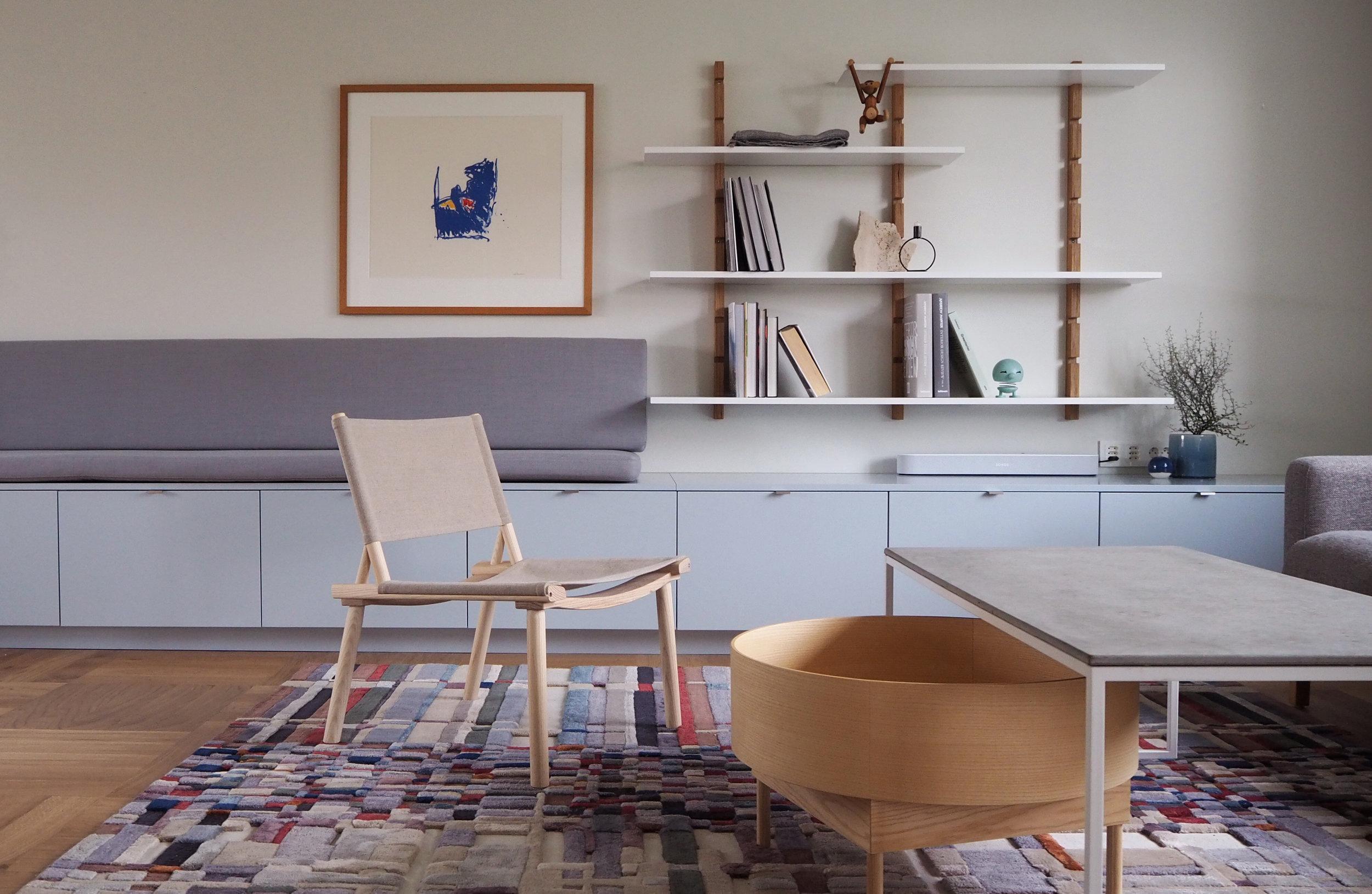 Sittebenk er designet av Alex Ark. Produkter fra IKEA, Studio10, Volver studio og KollektedBy.