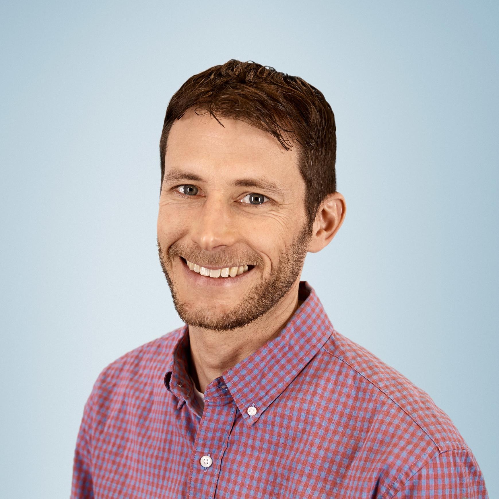 Sam Arons , Director of Sustainability,  Lyft