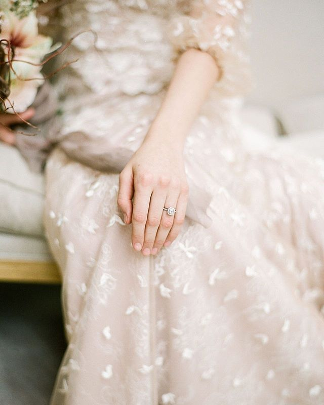 My own engagement ring made a bit of a debut in our last shoot . . . I sort of love that one of the most meaningful items I own snuck it's way on set. ⠀ ⠀ ⠀ Can't wait for this full shoot to come out on Friday! ⠀ ⠀ ⠀ Photography @artiesestudios | Florist: @joeybutta | Venue @ago_events | Hair and Makeup @bespokebeautyinc | Dress and Veil: Sash and Bustle @sashandbustle @tara_lauren | Hairpiece @theloved_one | Linens, flatware @simplybeautifuldecor | Stationery @kerbel.design | Chargers and Glassware @plateoccasions | Chairs @contemporaryfurniturerentals⠀ ⠀ #wedding #weddingshoot #ago#weddingphotography #bridal#weddings #weddinginspiration#weddingideas #weddingphoto#weddingstyle #dreamwedding#weddingplanner#torontoweddingplanner#torontowedding#weddingplannertoronto#fineartwedding #weddingflowers