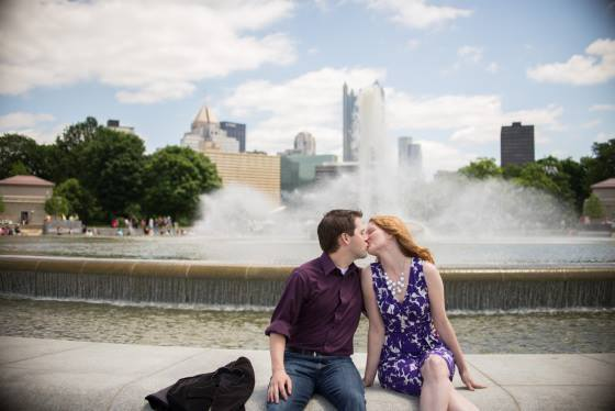 Pittsburgh Wedding Planner Engagement Photo Point Park Fountatin