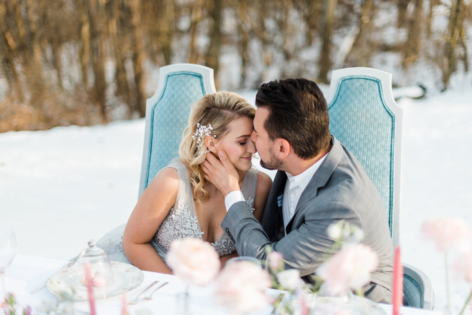 winter-romantic-snowy-pastel-pennsylvania-pittsburgh-wedding-styled-shoot-0011.jpg
