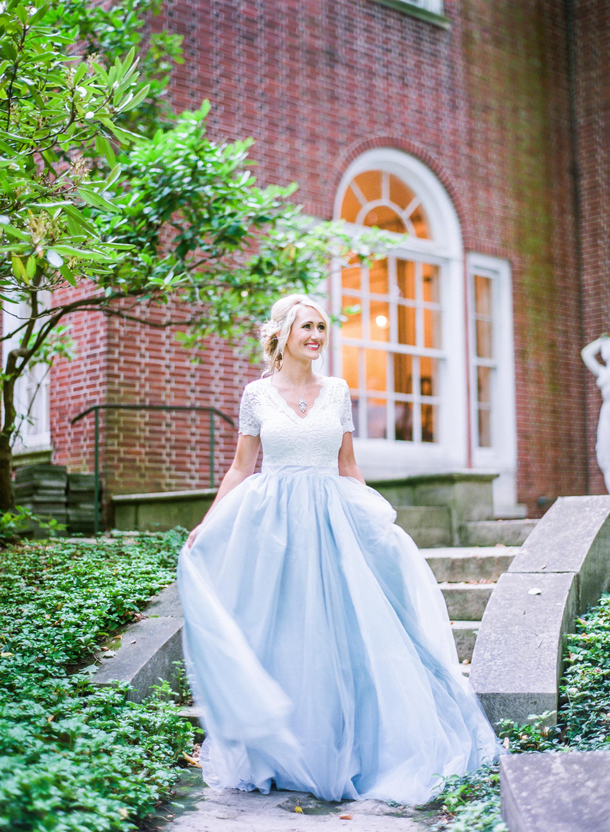 Jessica-Garda-Events-Pittsburgh-Wedding-Planner-Mansion-Butler-Blue-Grey-Orange-Palette (167).jpg