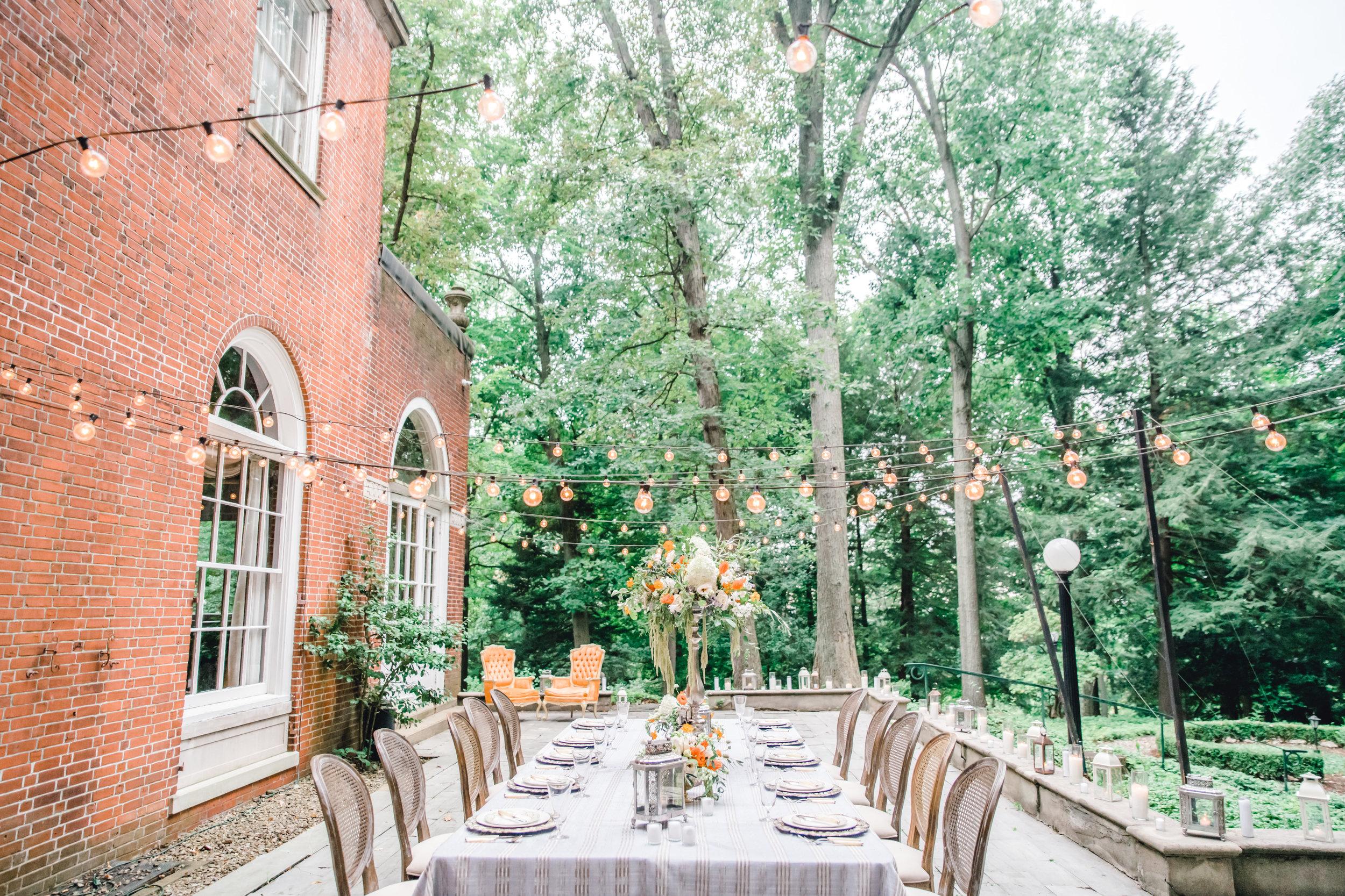 Jessica-Garda-Events-Pittsburgh-Wedding-Planner-Mansion-Butler-Blue-Grey-Orange-Palette (18).jpg