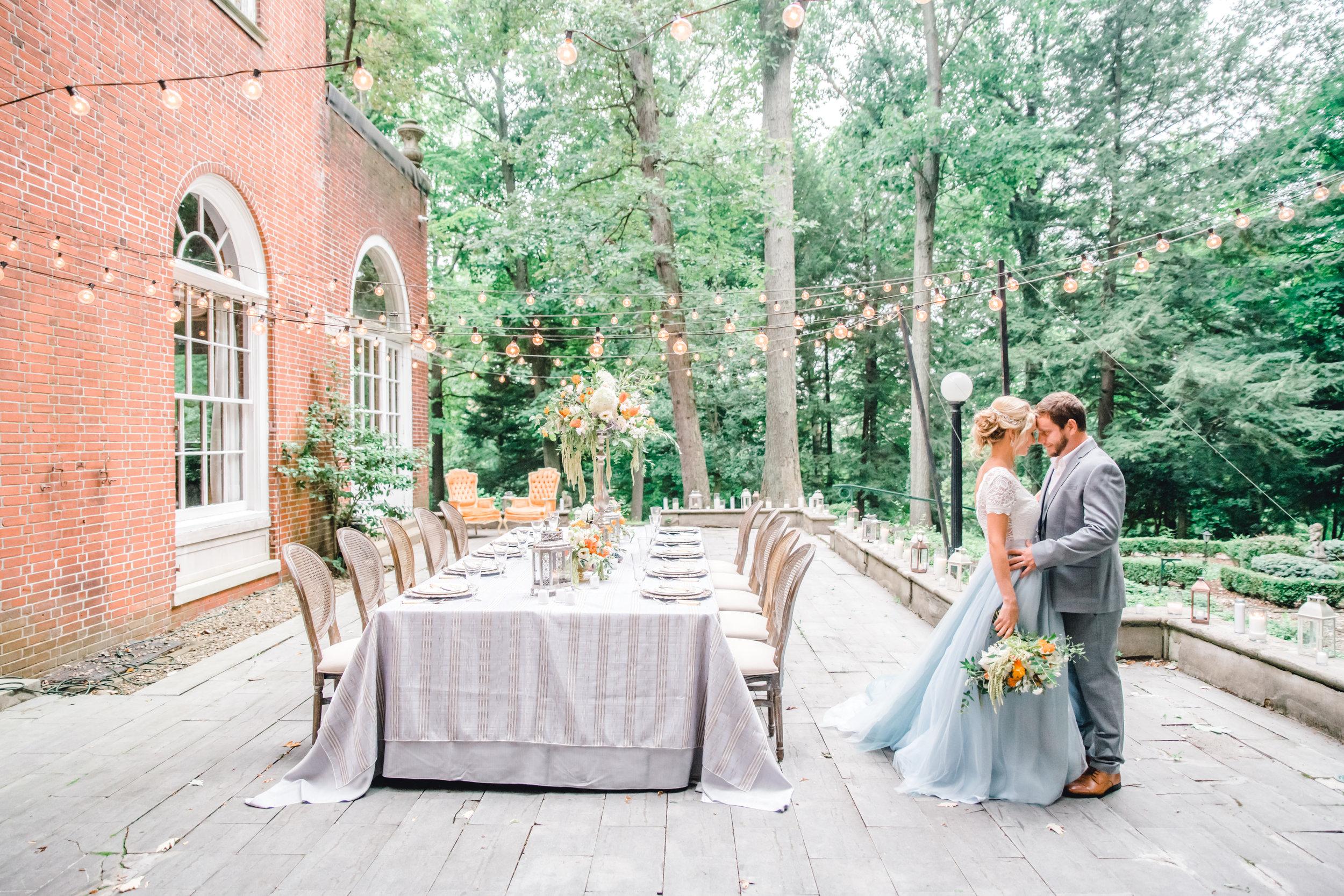 Jessica-Garda-Events-Pittsburgh-Wedding-Planner-Mansion-Butler-Blue-Grey-Orange-Palette (8).jpg