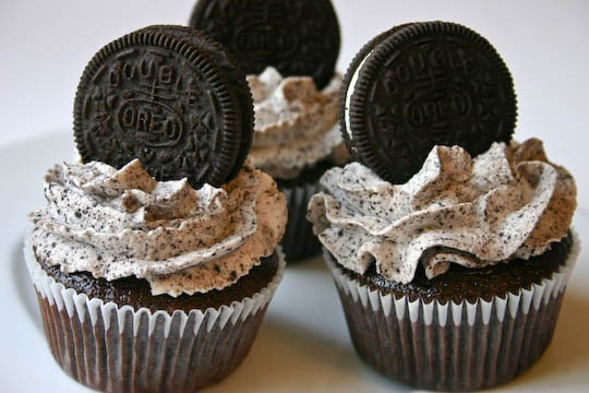 wild card - Now this combination is good every now and then. I love oreos, and I love chocolate, but too much of either of them gets old quickly. This is no match made in heaven, but when we are young we probably could enjoy some good times, but its short lived.
