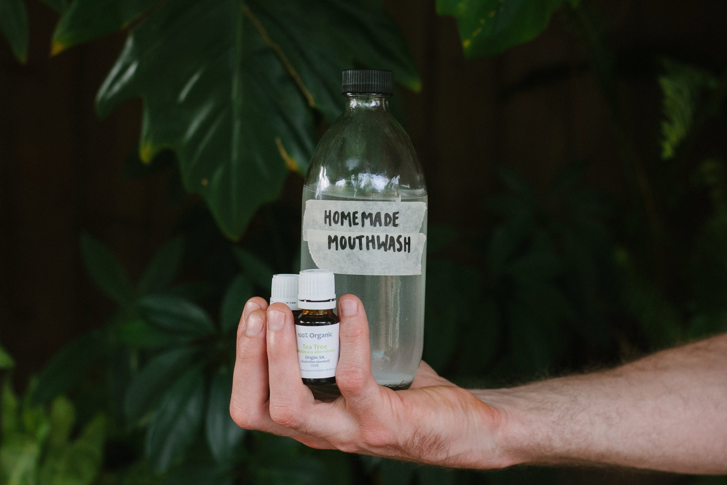 Homemade Spearmint & Teatree Mouthwash