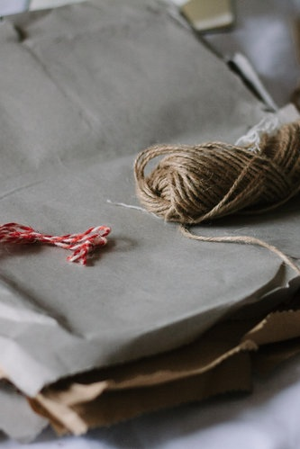 Wrapping presents with zero waste -